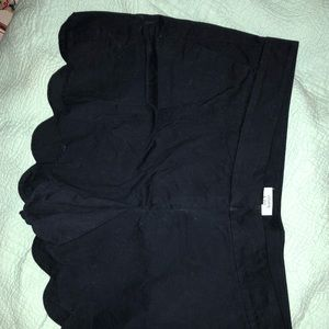 crown & ivy shorts, size 14